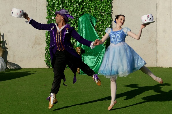 Alice in Wonderland by Let's All Dance, Brighton Fringe © 16 Beasley St Photography